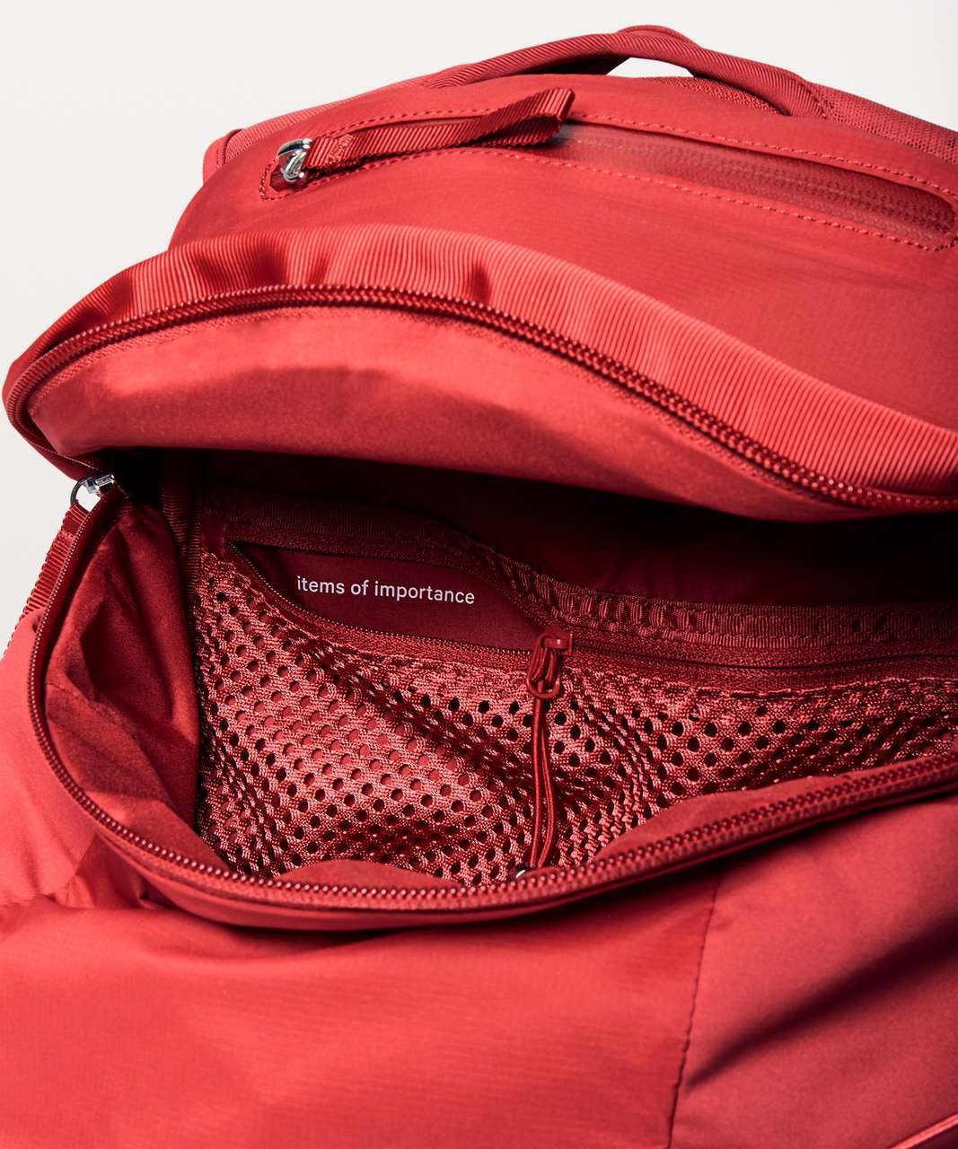 Lululemon Run All Day Backpack II *13L - Persian Red