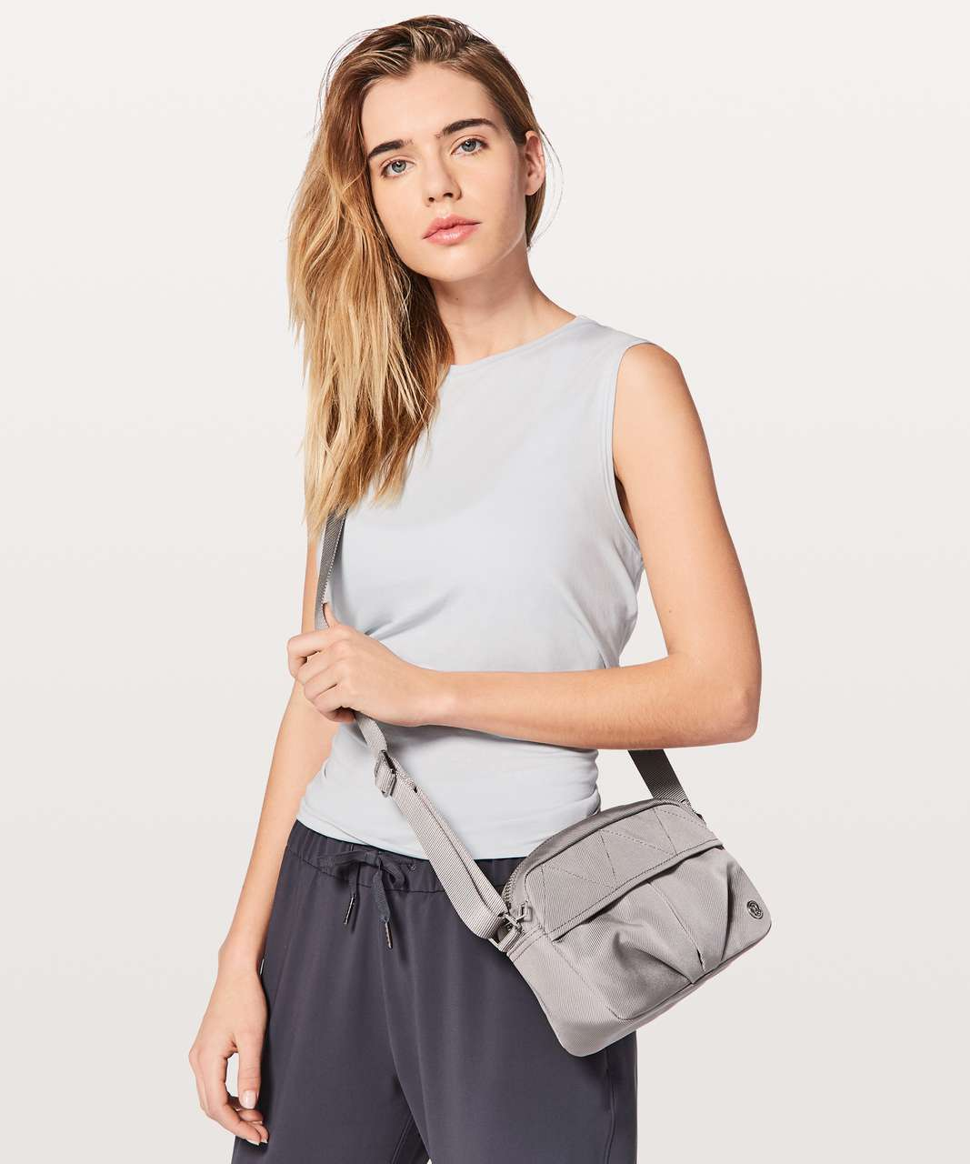 Lululemon City Adventurer Crossbody 3L - Dark Chrome