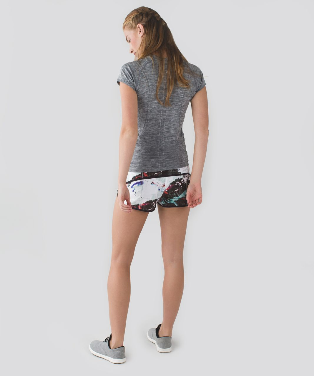 Lululemon Run:  Speed Short *4-way Stretch - Pigment Wave Multi / Black