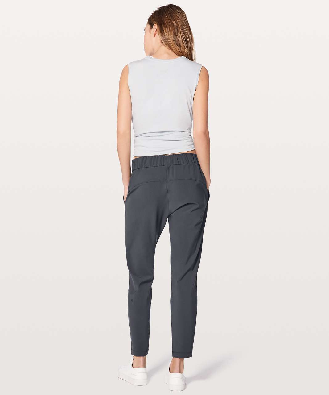 9ee90f339 Lululemon On The Fly Pant  Woven 28