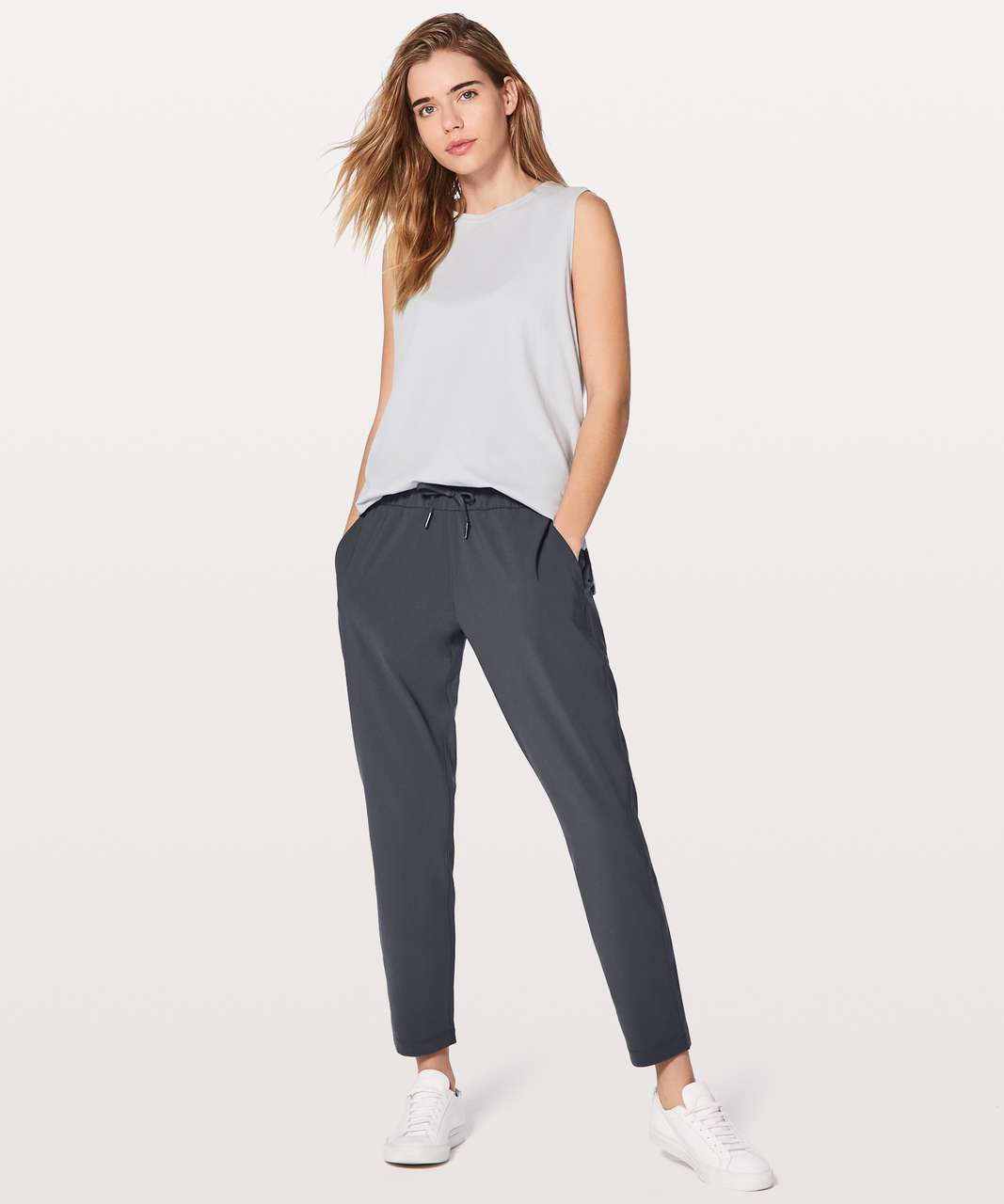 "Lululemon On The Fly Pant *Woven 28"" - Blue Tied"