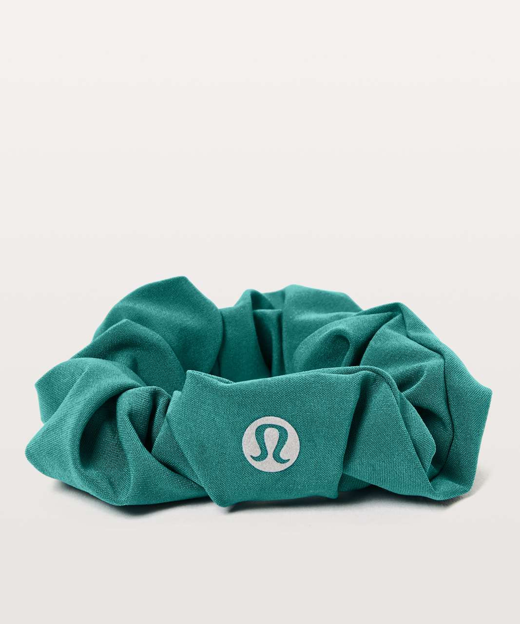 Lululemon Uplifting Scrunchie - Camp Green