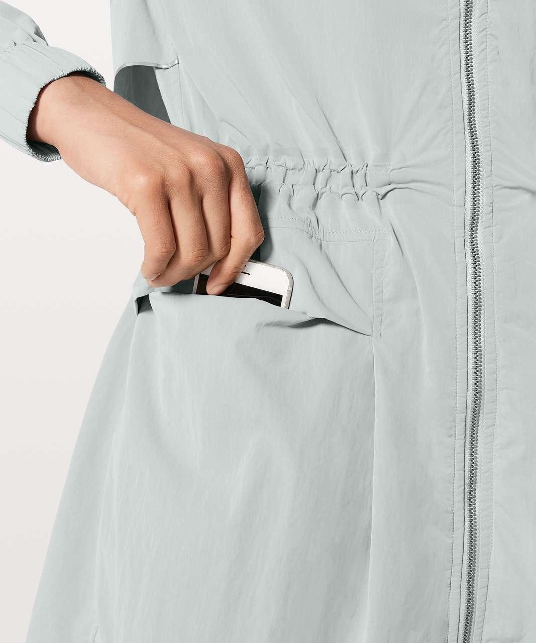 Lululemon Pack & Glyde Jacket - Silver Drop (First Release)