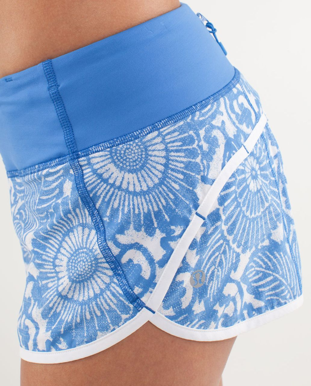 Lululemon Run:  Speed Short - Beachy Floral White Porcelaine / Wee Stripe White Porcelaine