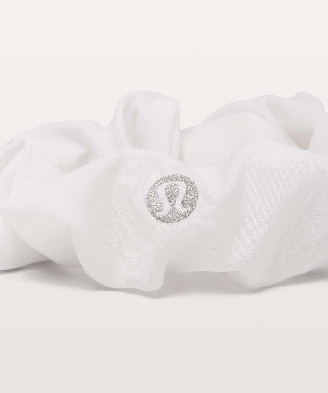 Lululemon Uplifting Scrunchie - White (Second Release)