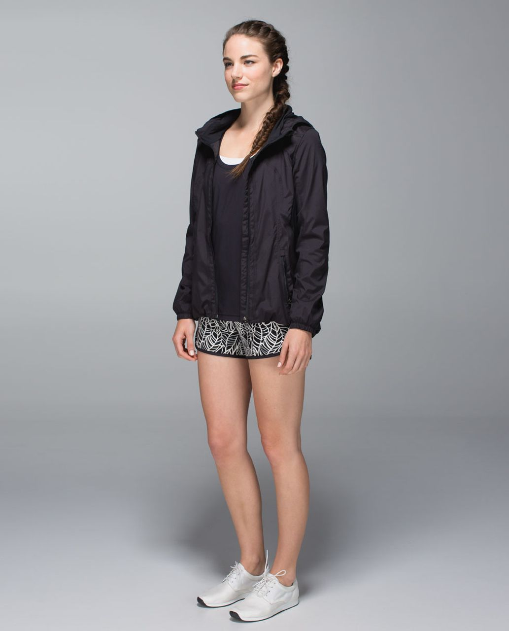 Lululemon Run:  Speed Short *2-way Stretch - Pretty Palm Black Angel Wing / Black