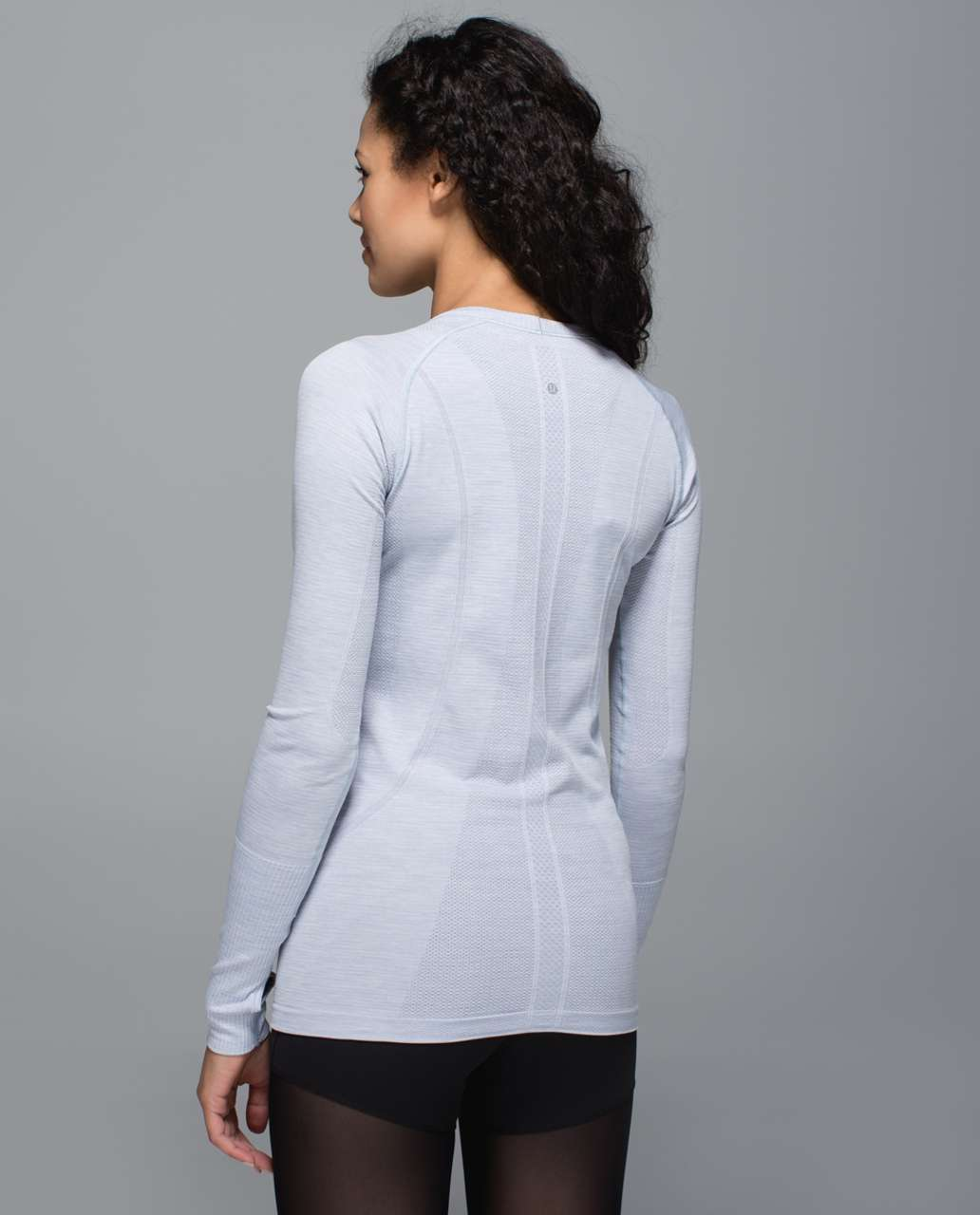 Lululemon Swiftly Tech Long Sleeve Crew - Heathered Silver Fox