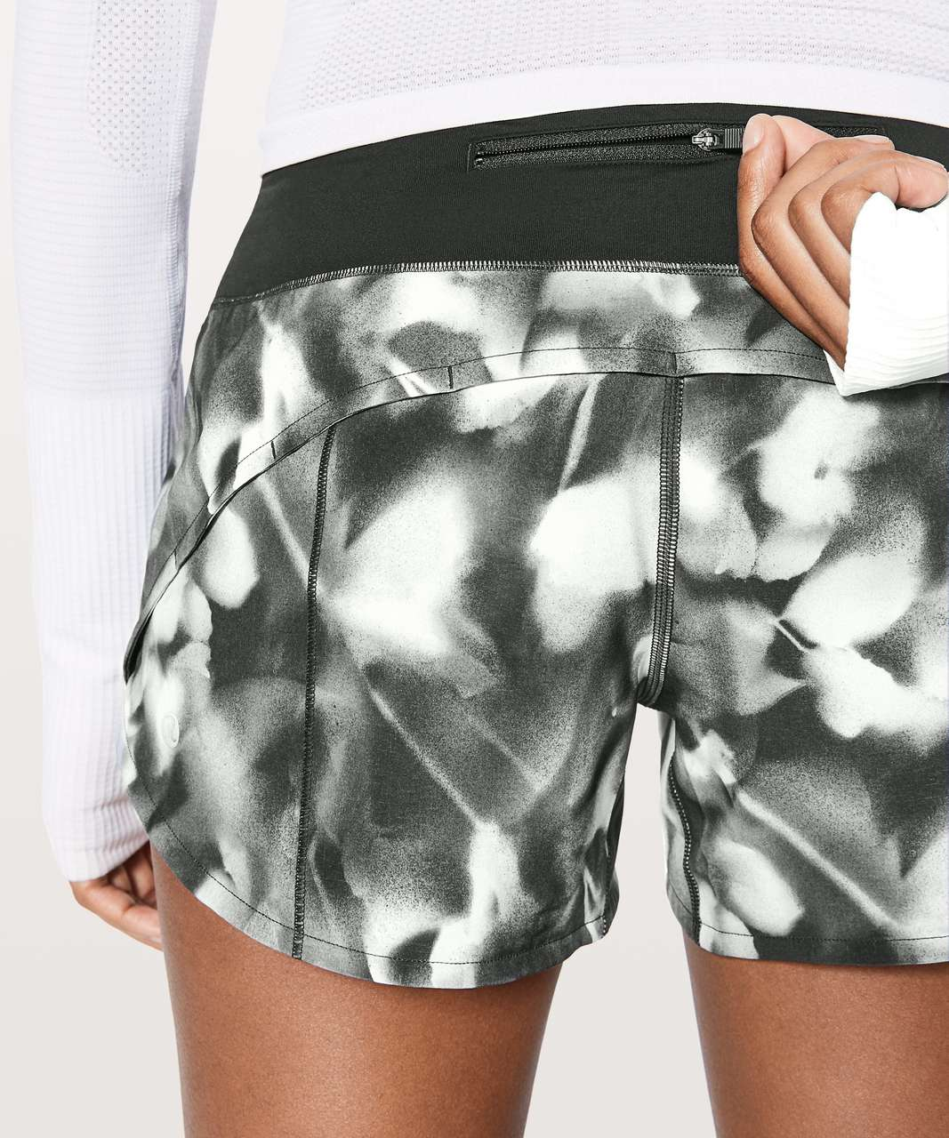 "Lululemon Speed Up Short (Long) 4"" - Mini Blush Blossom Alpine White Black / Black"