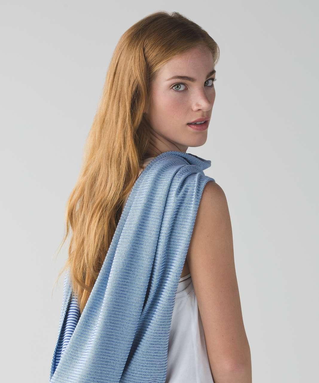 Lululemon Vinyasa Scarf Rulu - Mini Check Pique Sapphire Blue Heathered Sea Mist