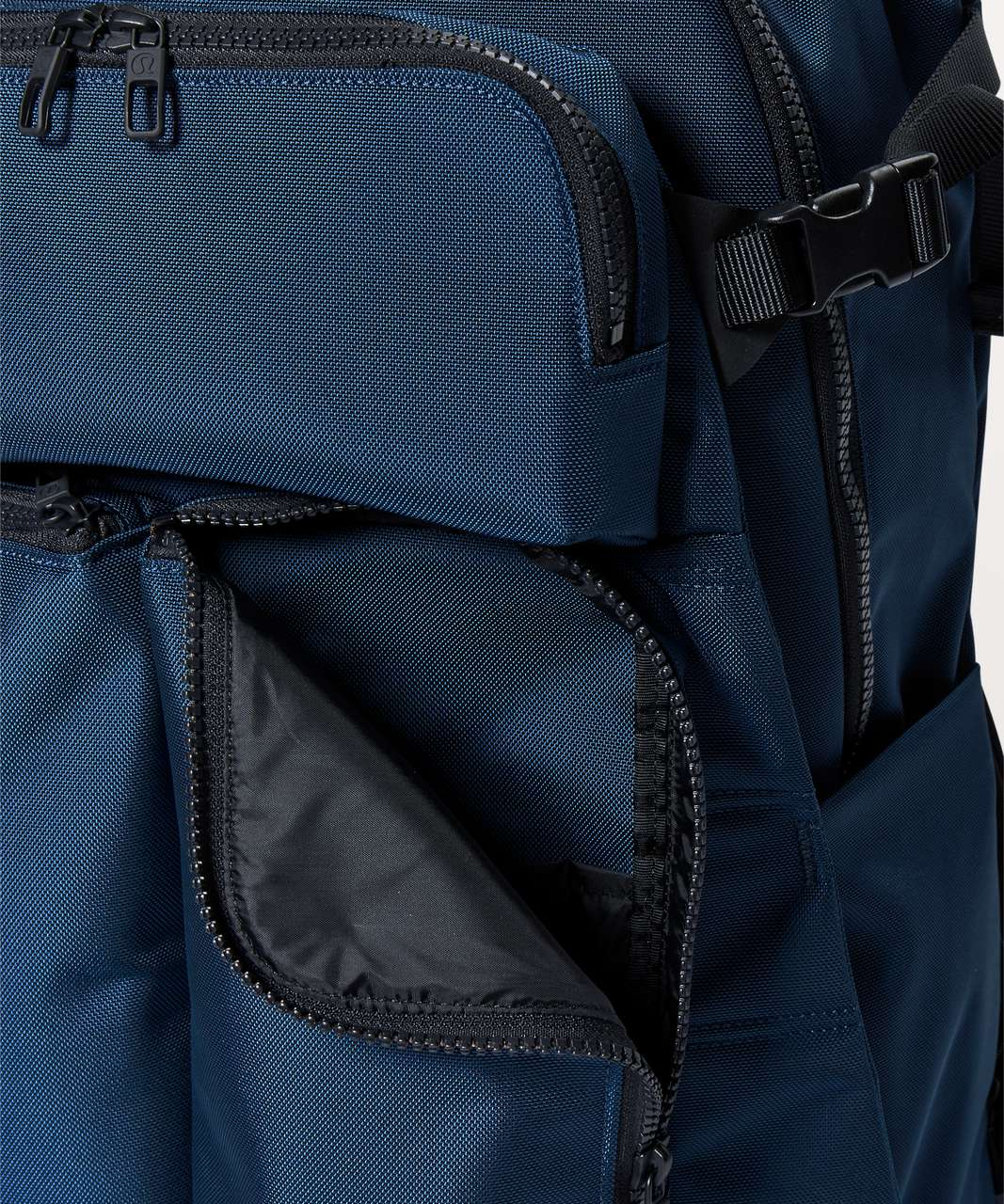 Lululemon Assert Backpack *30L - Night Diver