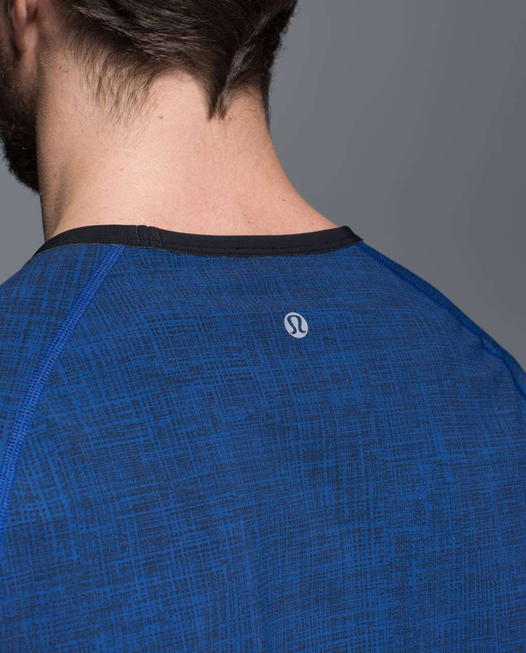 Lululemon Ocean Tech Short Sleeve - Scratch That Texture More Cove / Black