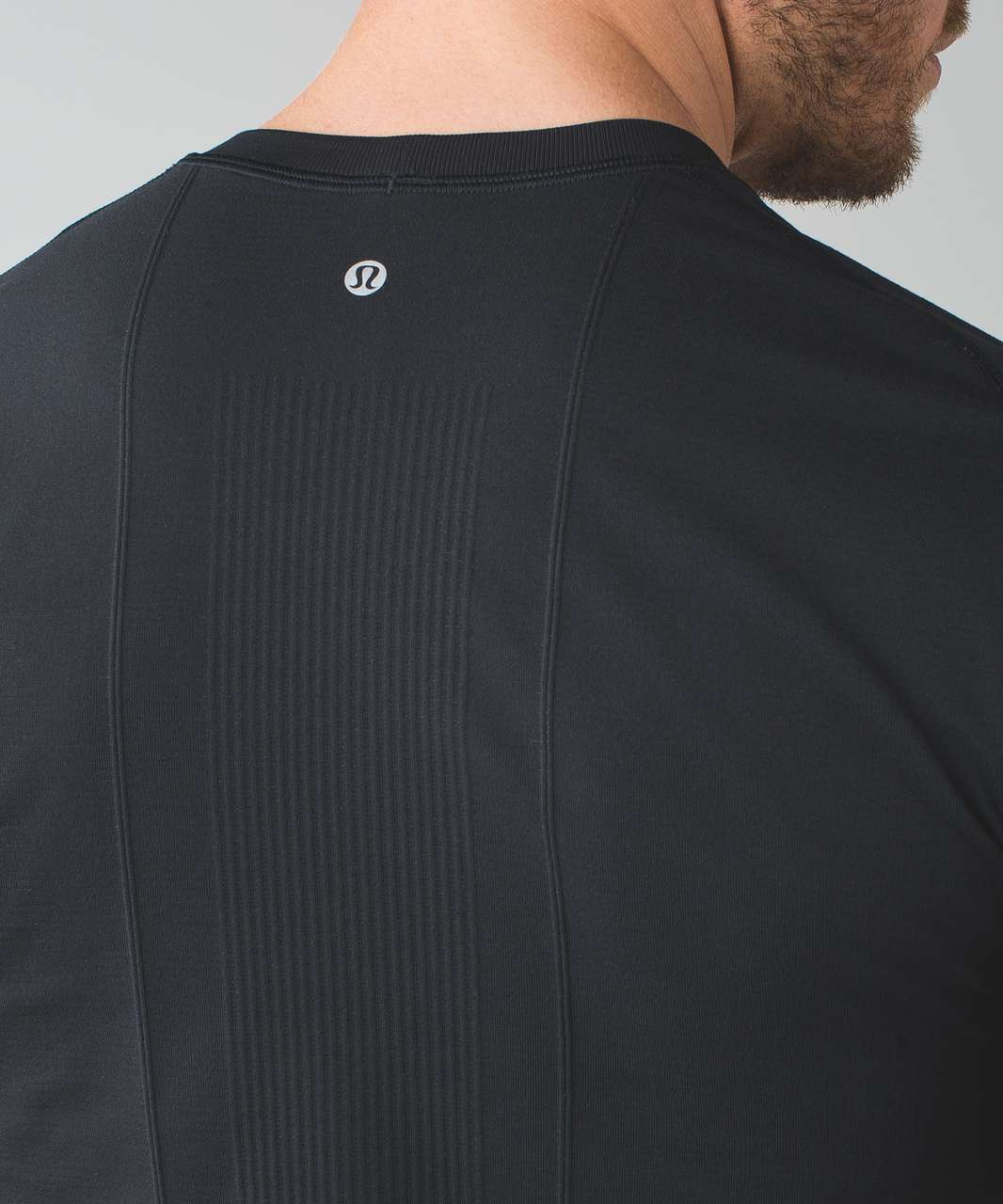 Lululemon Metal Vent Tech Thermal Crew - Black (First Release)