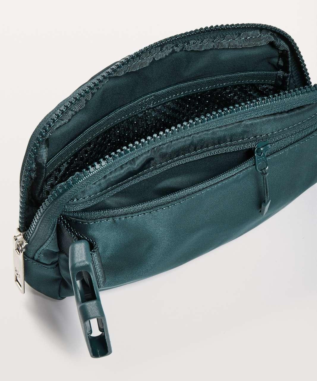 Lululemon Everywhere Belt Bag *1L - Teal Shadow