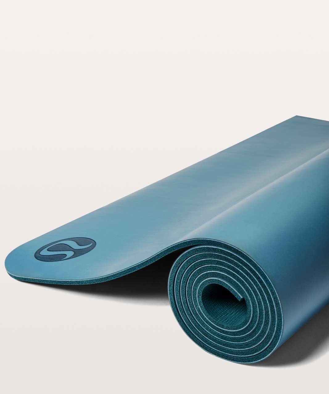 Lululemon The Reversible Mat 5mm - Persian Blue / Dark Uniform Blue