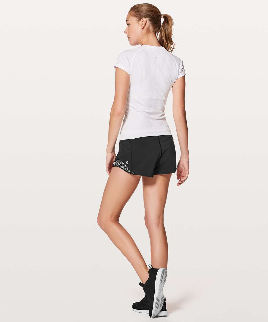 "Lululemon Hotty Hot Short II *2.5"" - Black / Mini Chirasu Black"