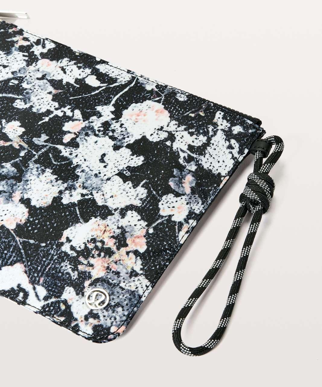 Lululemon All Zipped Up Pouch - Mini Spring Bloom Multi Black