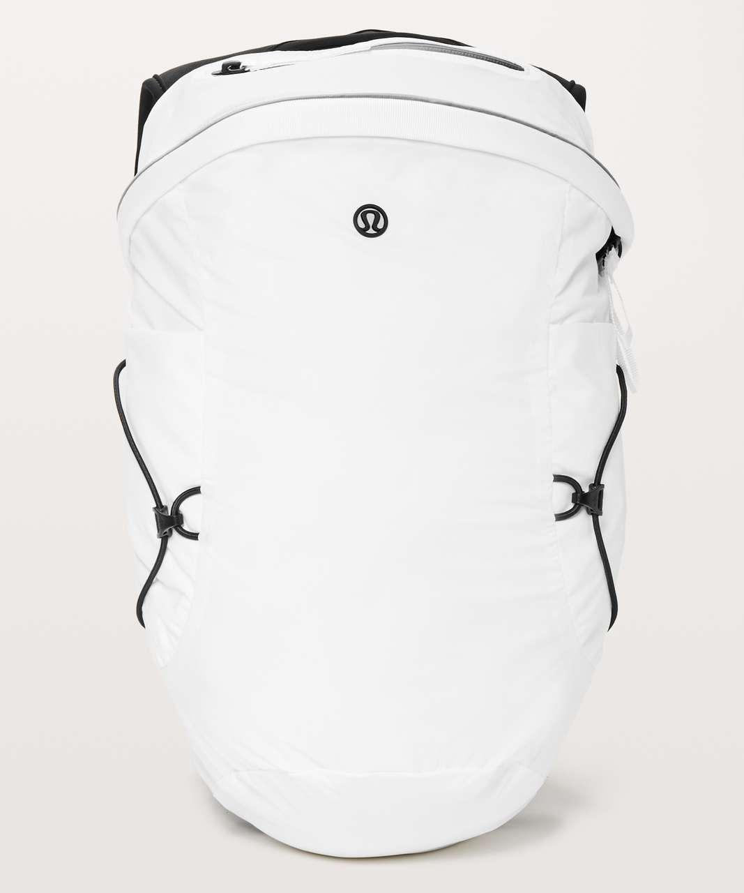 Lululemon Run All Day Backpack II *13L - White / Black