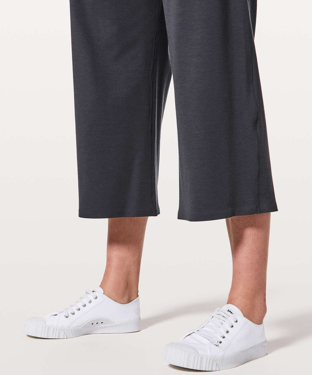 """Lululemon Can You Feel The Pleat Crop *21"""" - Blue Tied"""