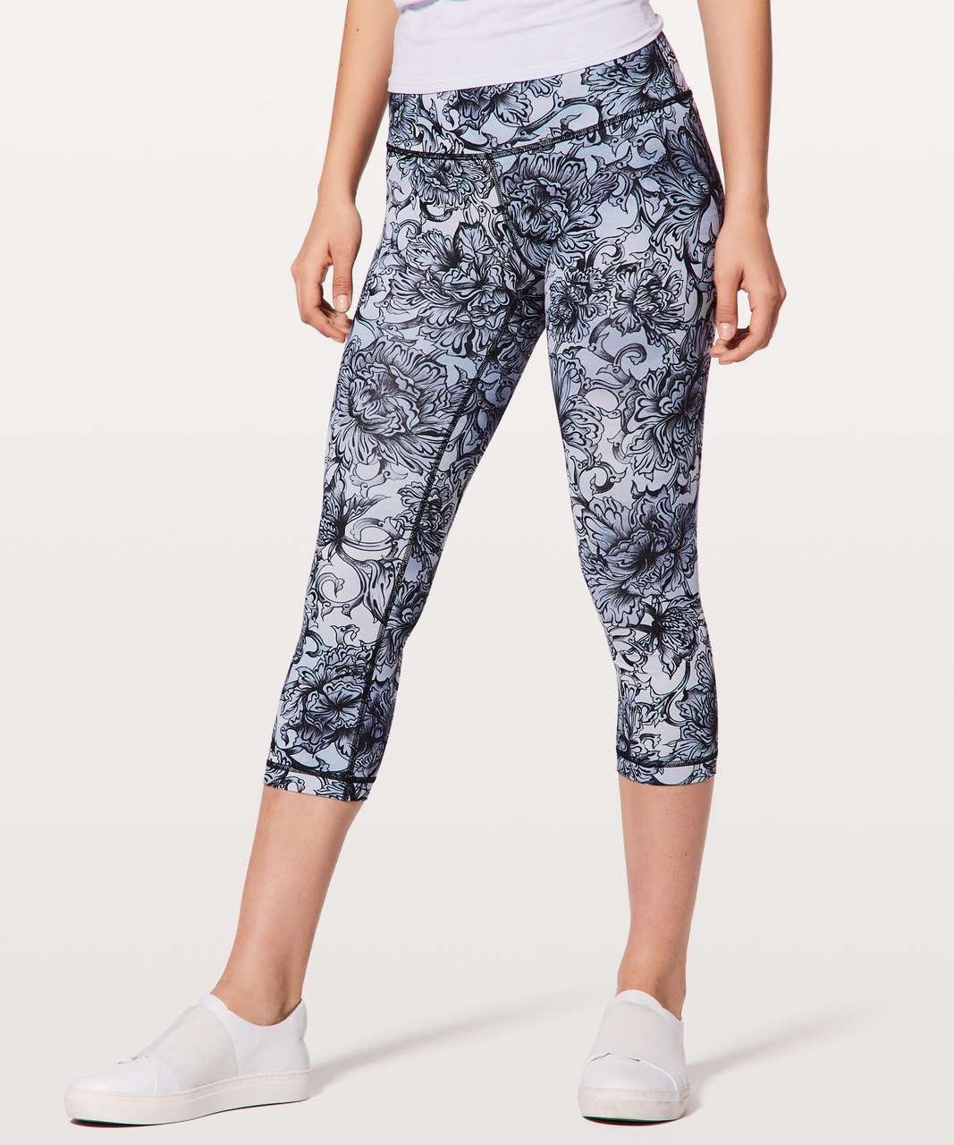 "Lululemon Wunder Under Crop (Hi-Rise) *Full-On Luxtreme 21"" - Hanakotoba Starlight Multi"