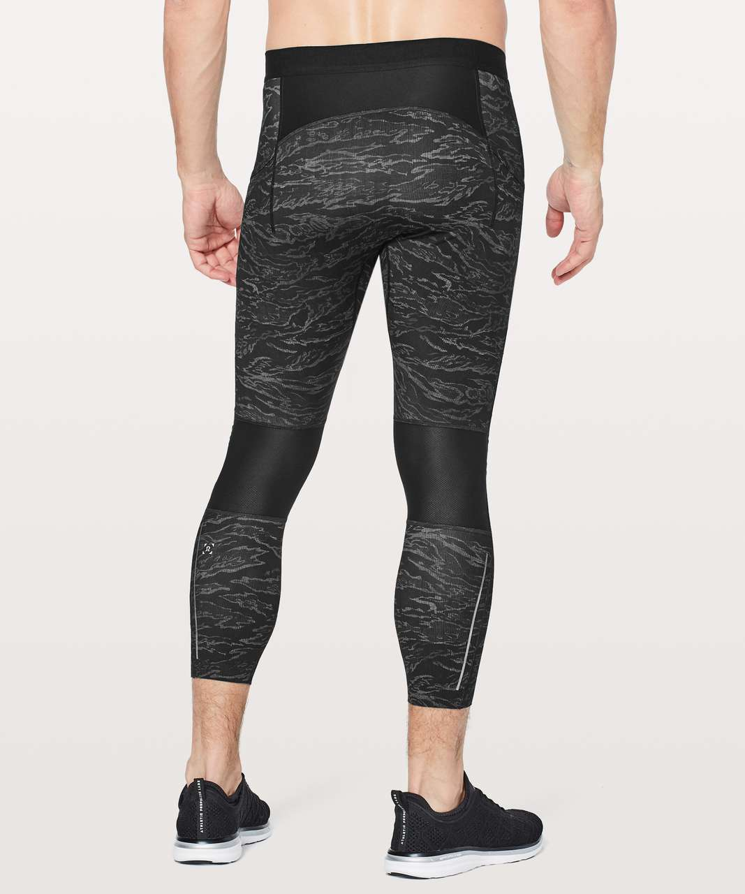 "Lululemon Surge Light 3/4 Tight *Side Pockets 23"" - Tiger Camo Multi Black"