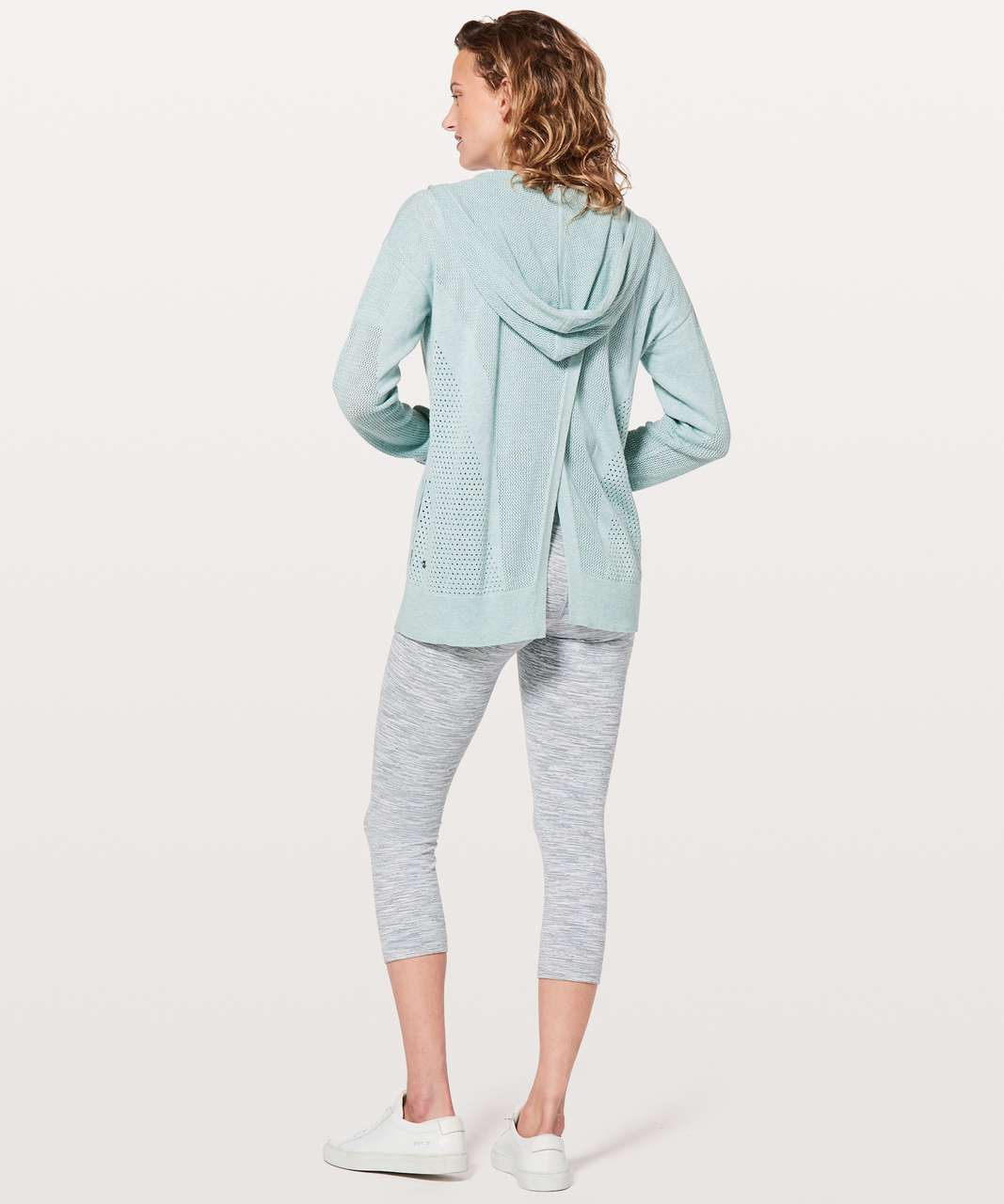 Lululemon Still Movement Wrap - Heathered Frosty