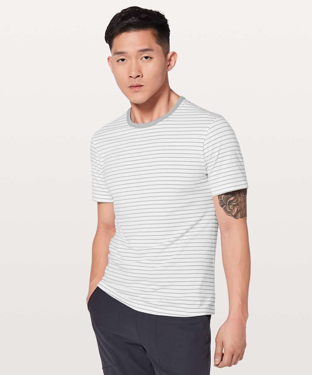 Lululemon 5 Year Basic Tee *Updated Fit - Raven Stripe White Light Cast