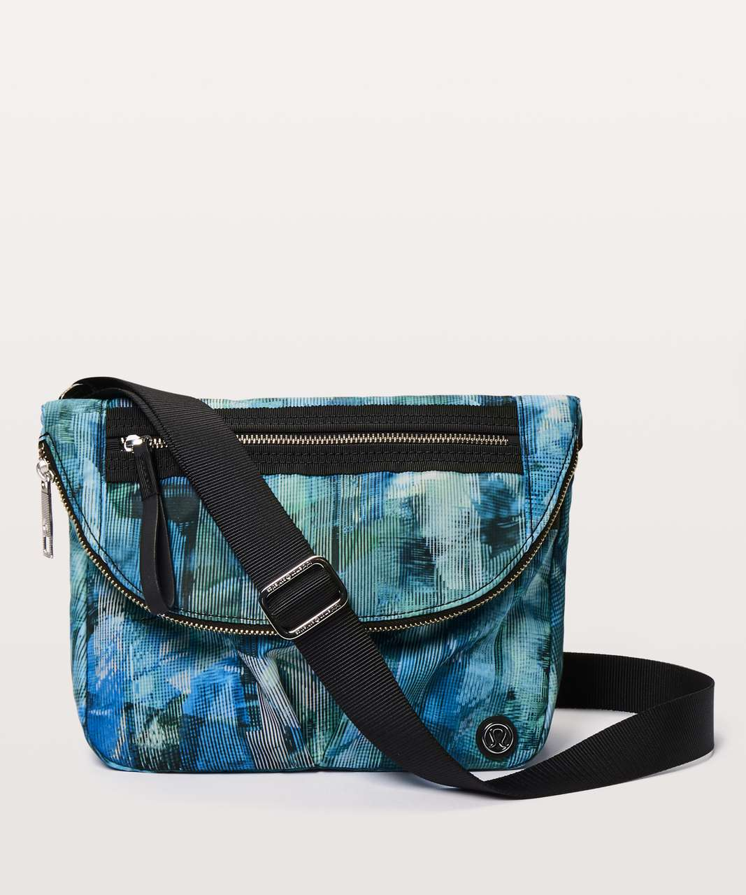 Lululemon Festival Bag II *5L - Sun Dazed Multi Blue / Black
