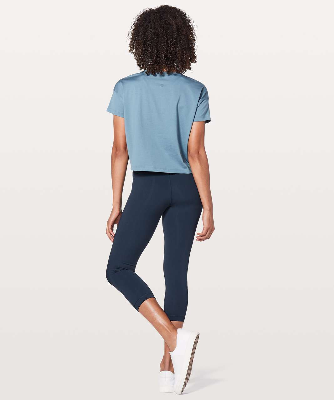 "Lululemon Wunder Under Crop (Hi-Rise) 21"" - True Navy"