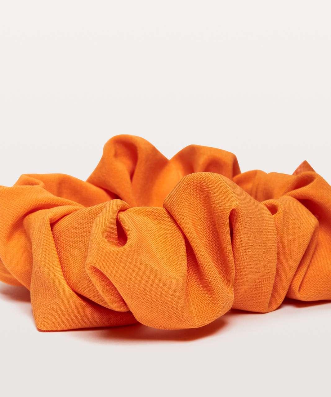 Lululemon Uplifting Scrunchie - Vivid Amber