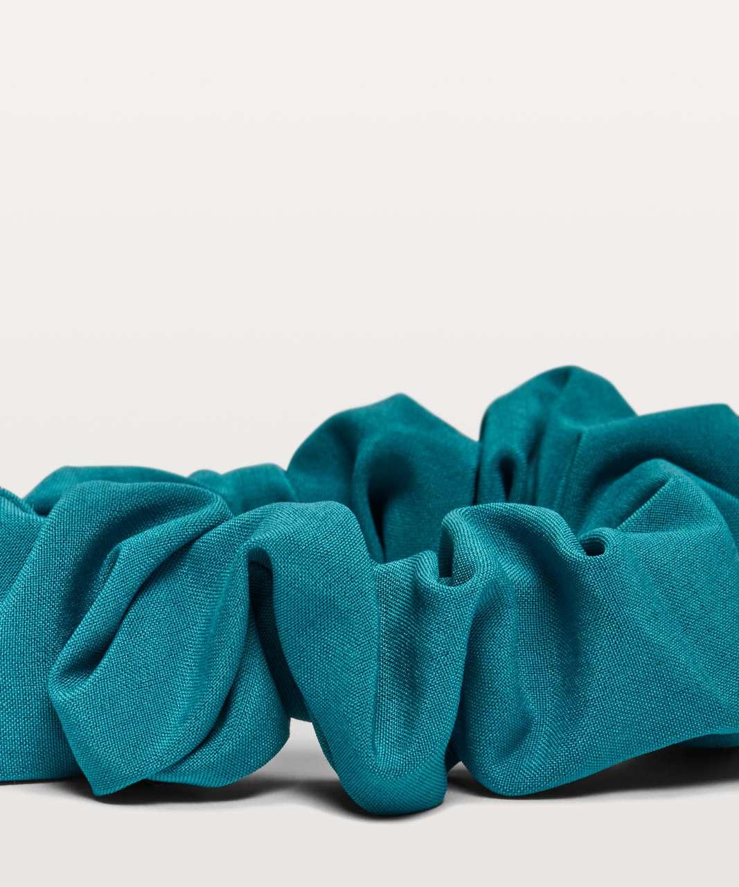 Lululemon Uplifting Scrunchie - Teal Blue