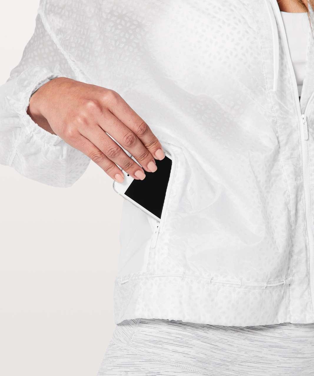 Lululemon Find Your Flock Jacket - Rococo White Alpine White