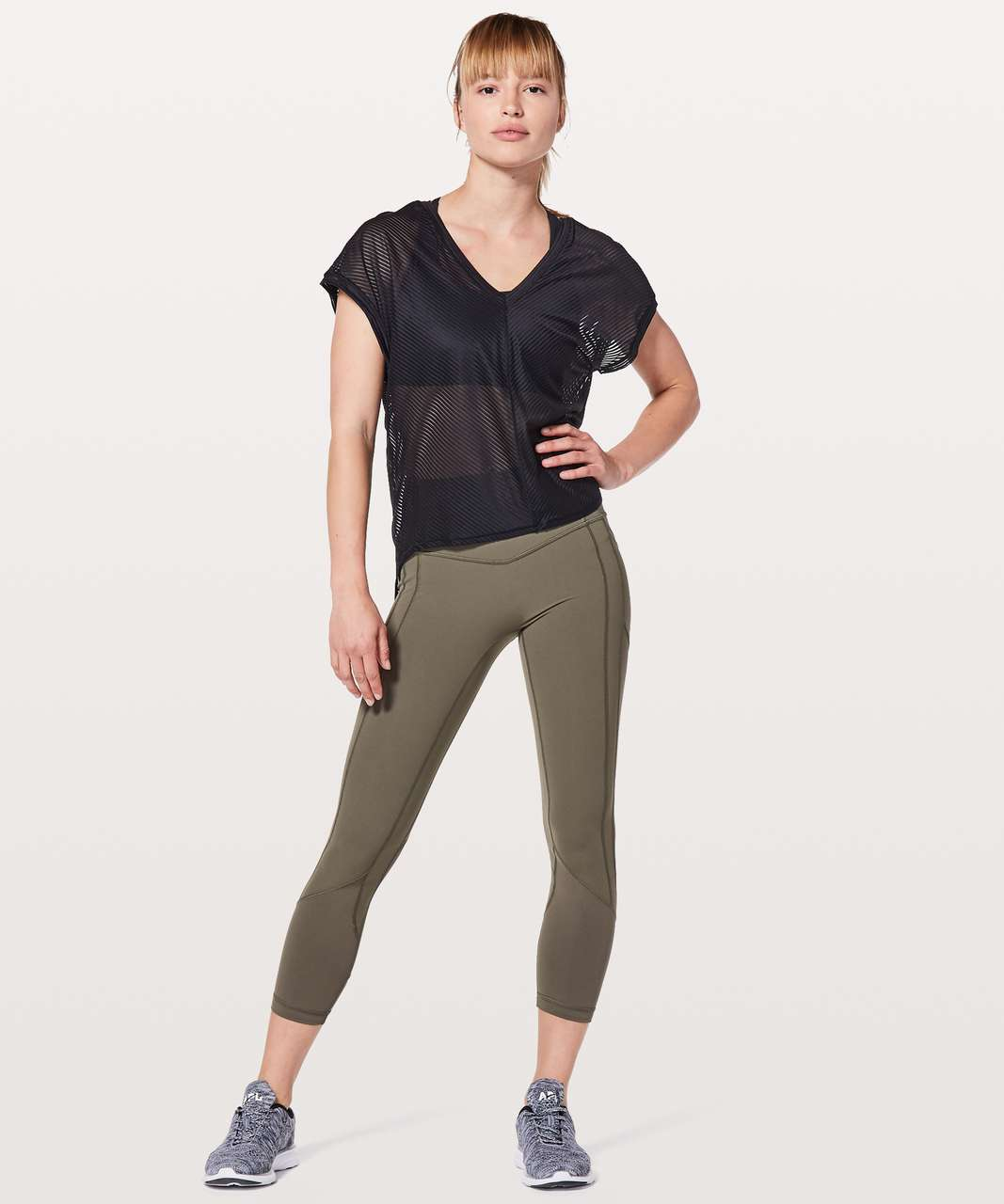 Lululemon Ahead By Miles Short Sleeve - Black