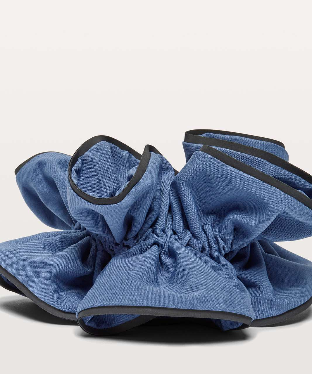 Lululemon Light Locks Scrunchie - Brilliant Blue