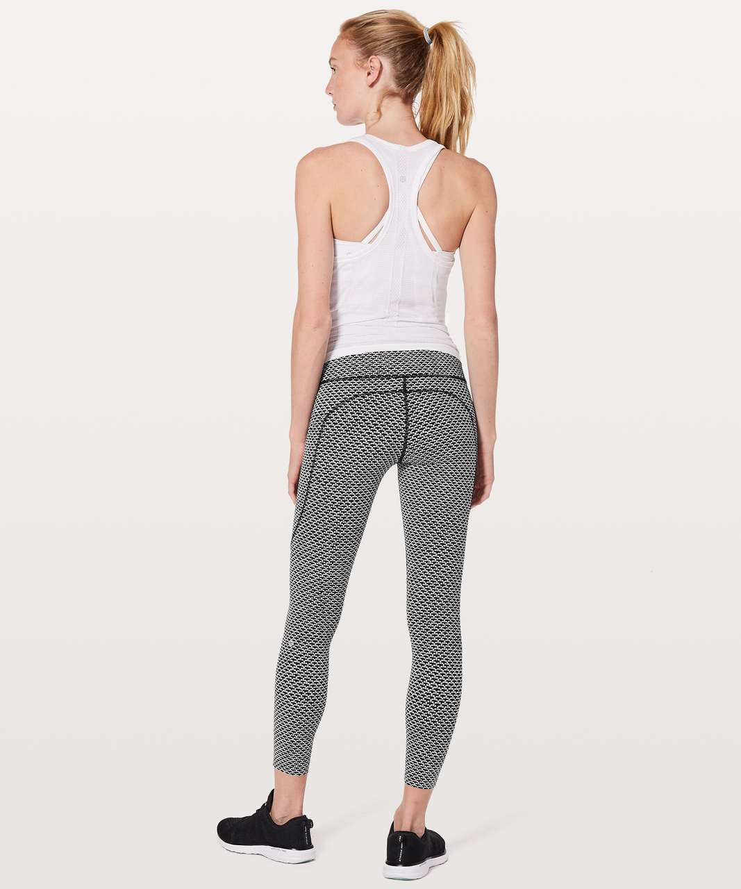 "Lululemon Fast & Free 7/8 Tight II *Nulux 25"" - Monochromic Black"
