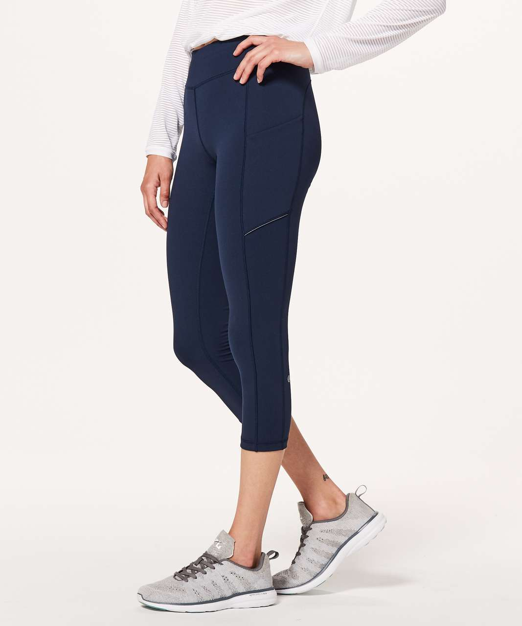 "Lululemon Speed Up Crop *21"" - True Navy"
