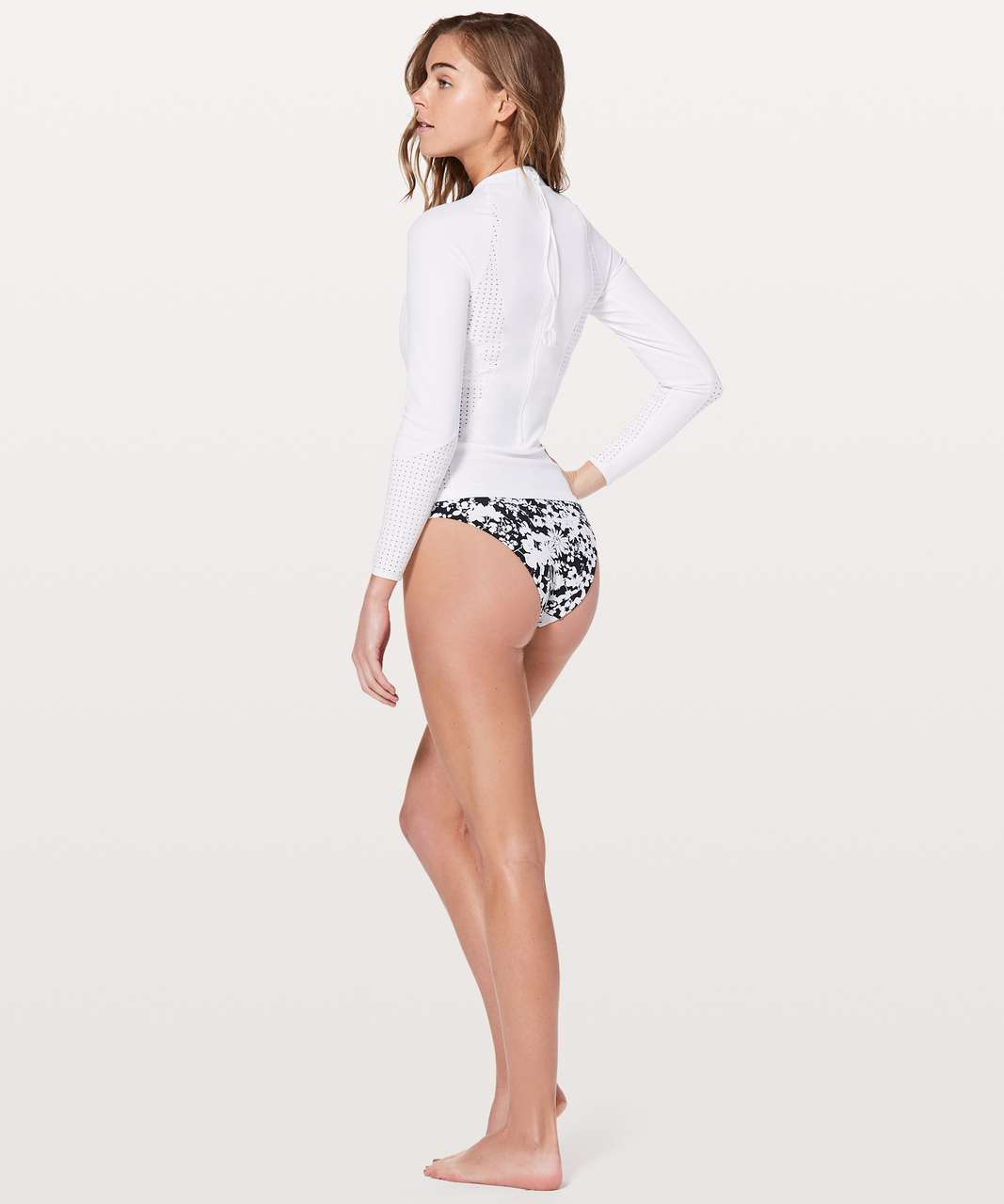 Lululemon Swell Seeker Paddle Top - White