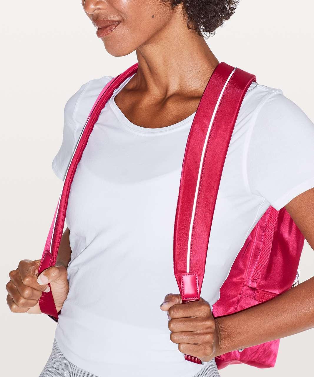 Lululemon City Adventurer Backpack *17L - Fuchsia Pink