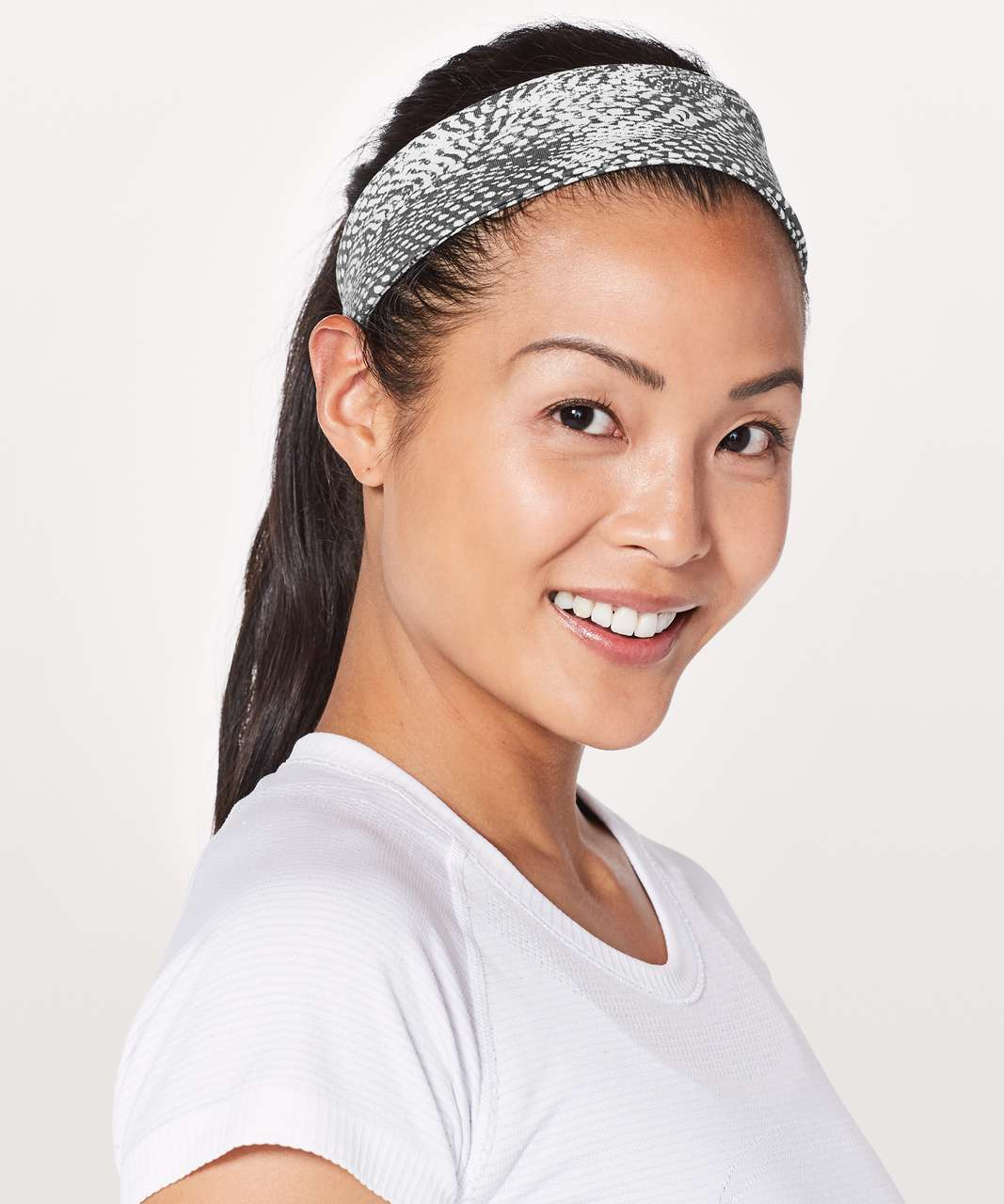 Lululemon Fly Away Tamer Headband II - Swerve Vapor Metal Grey