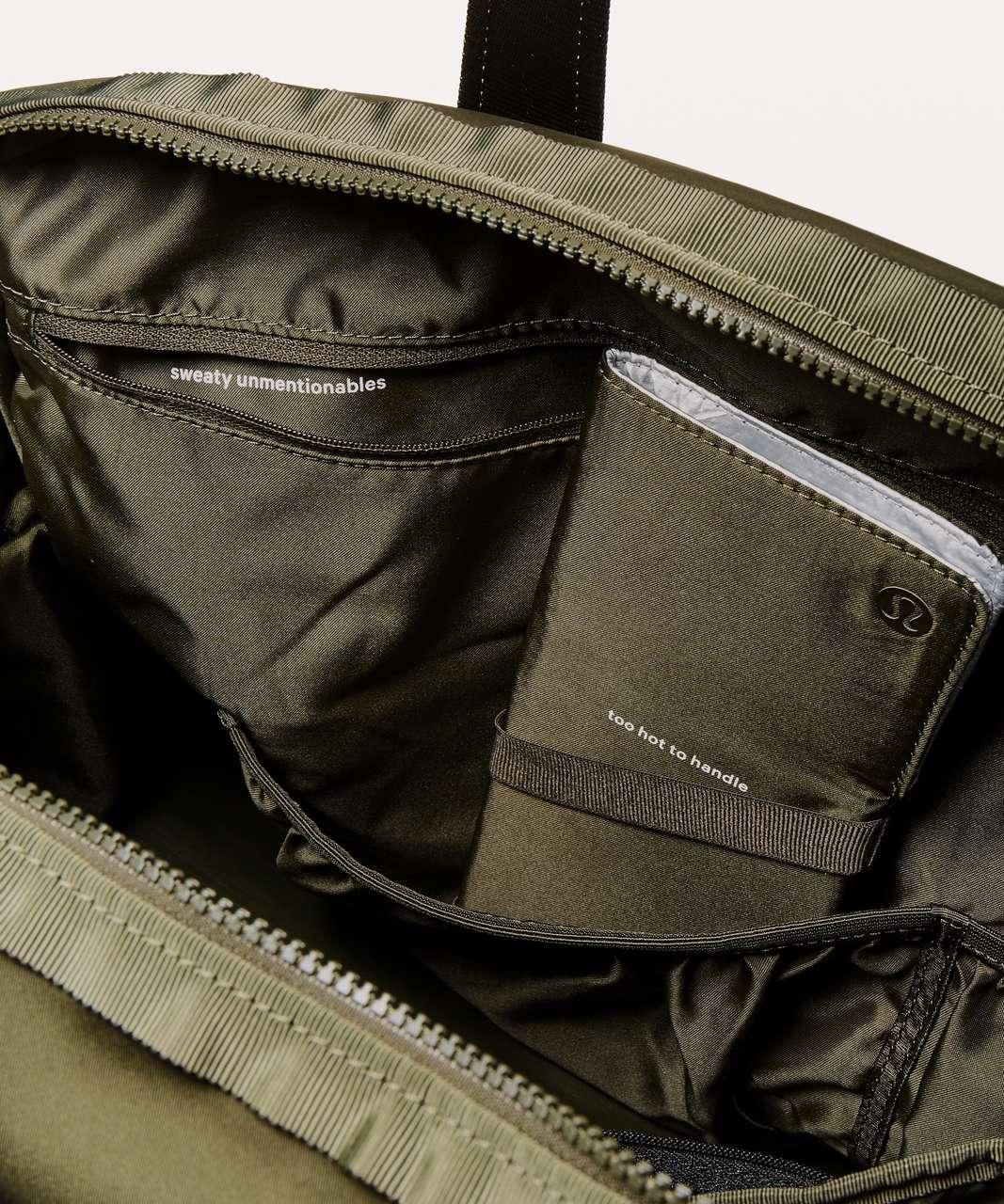 Lululemon All Day Duffel *Heatproof Pocket 31L - Dark Olive