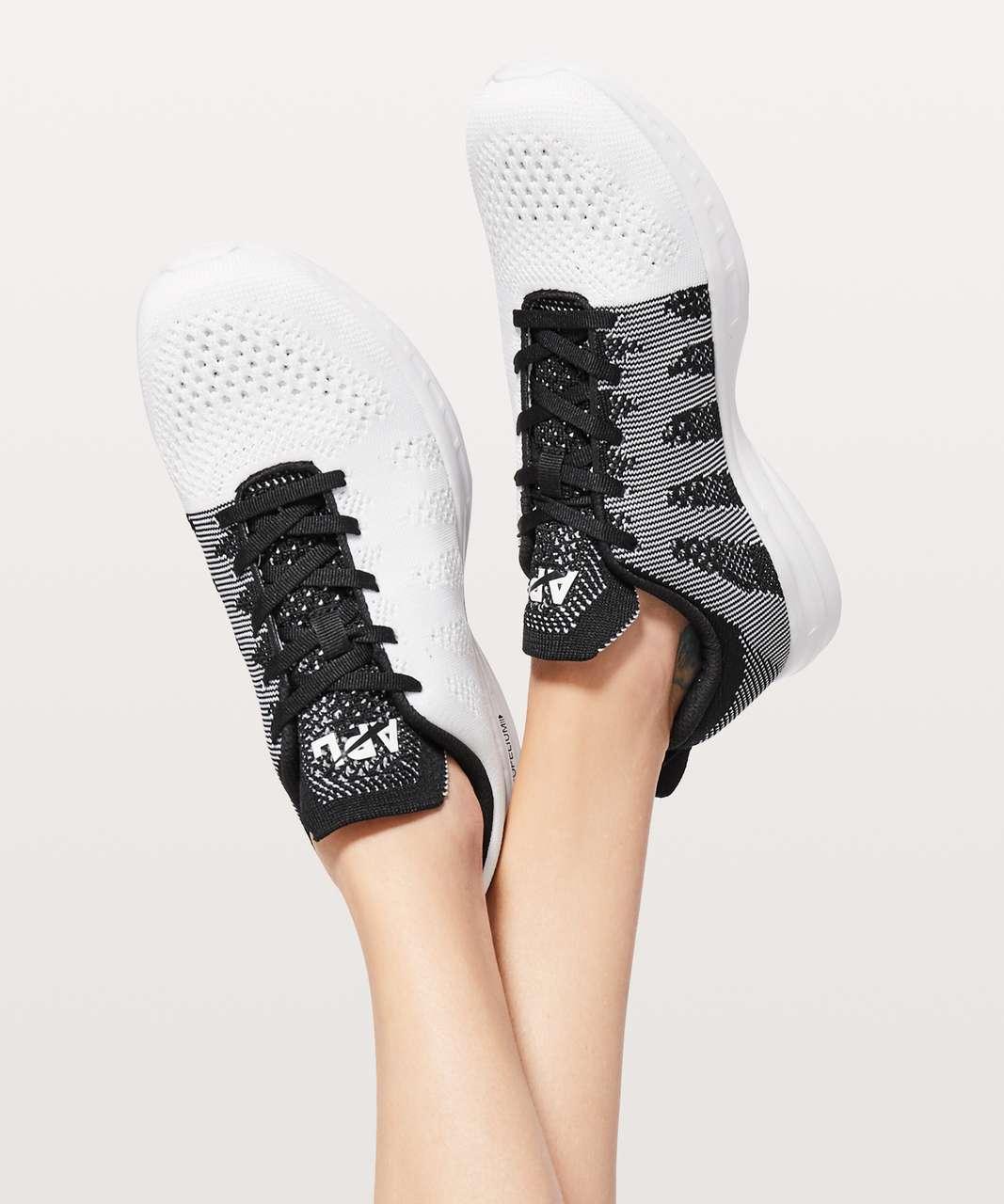 Lululemon Womens TechLoom Pro Shoe - White / Black / White