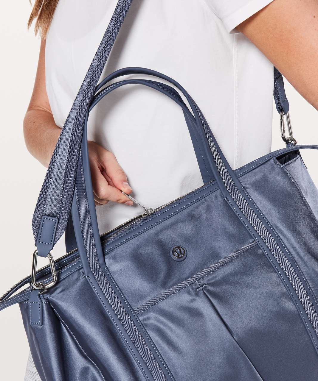 Lululemon Everywhere Bag *23L - Shade