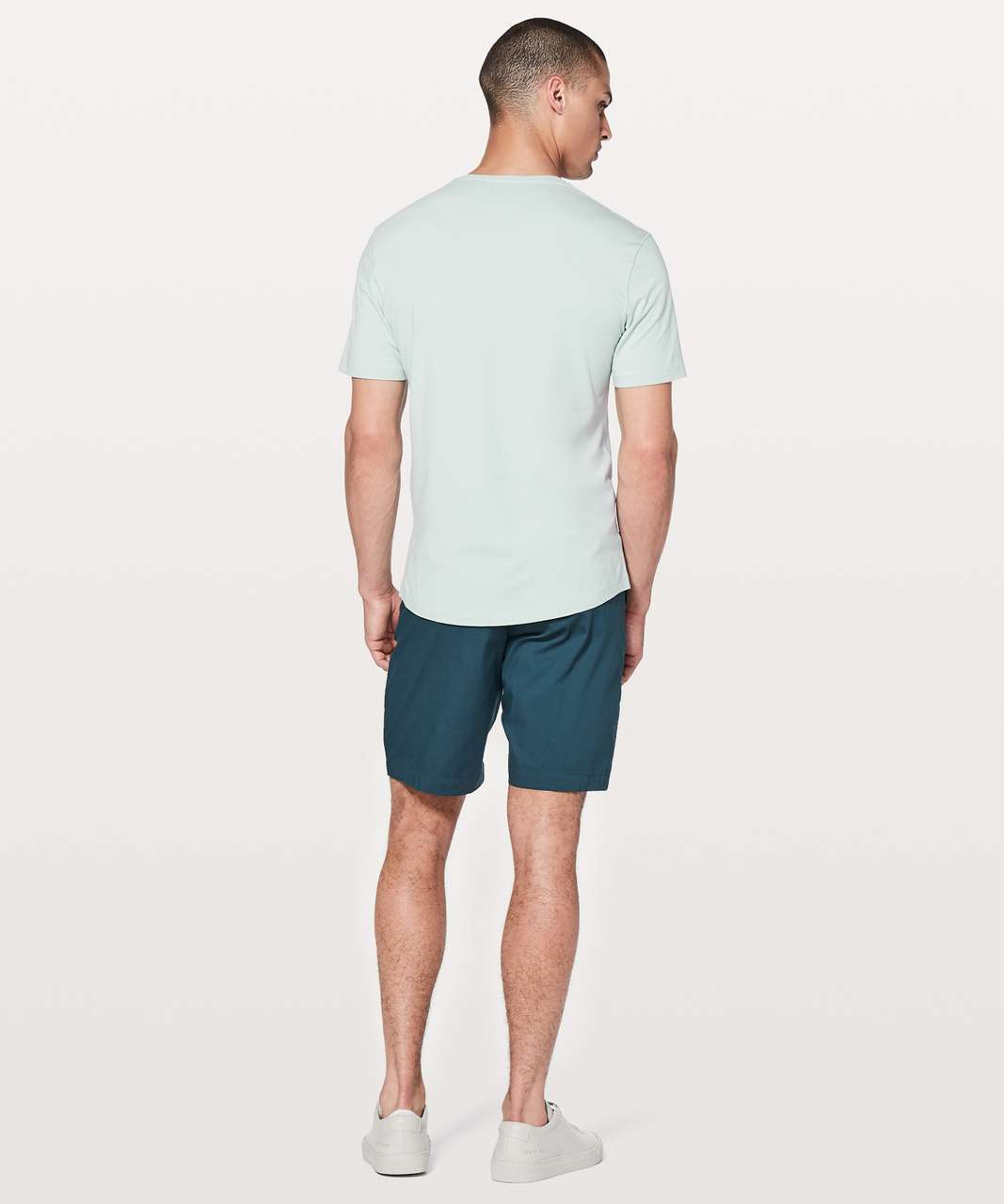 Lululemon 5 Year Basic V *Updated Fit - Pelican