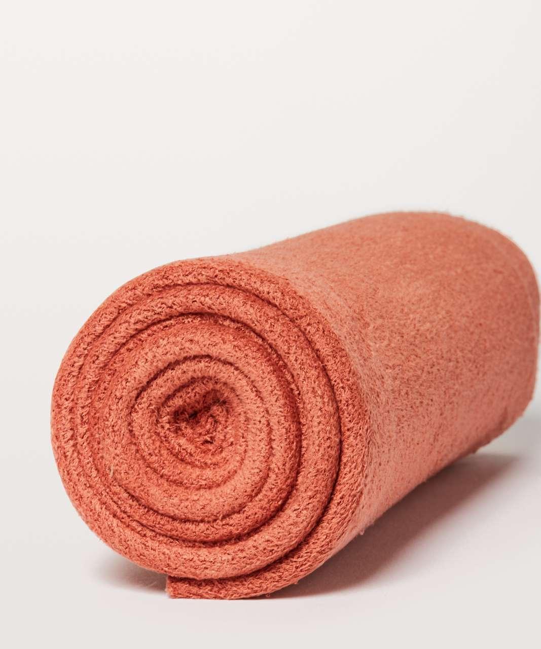 Lululemon The (Small) Towel - Santa Fe