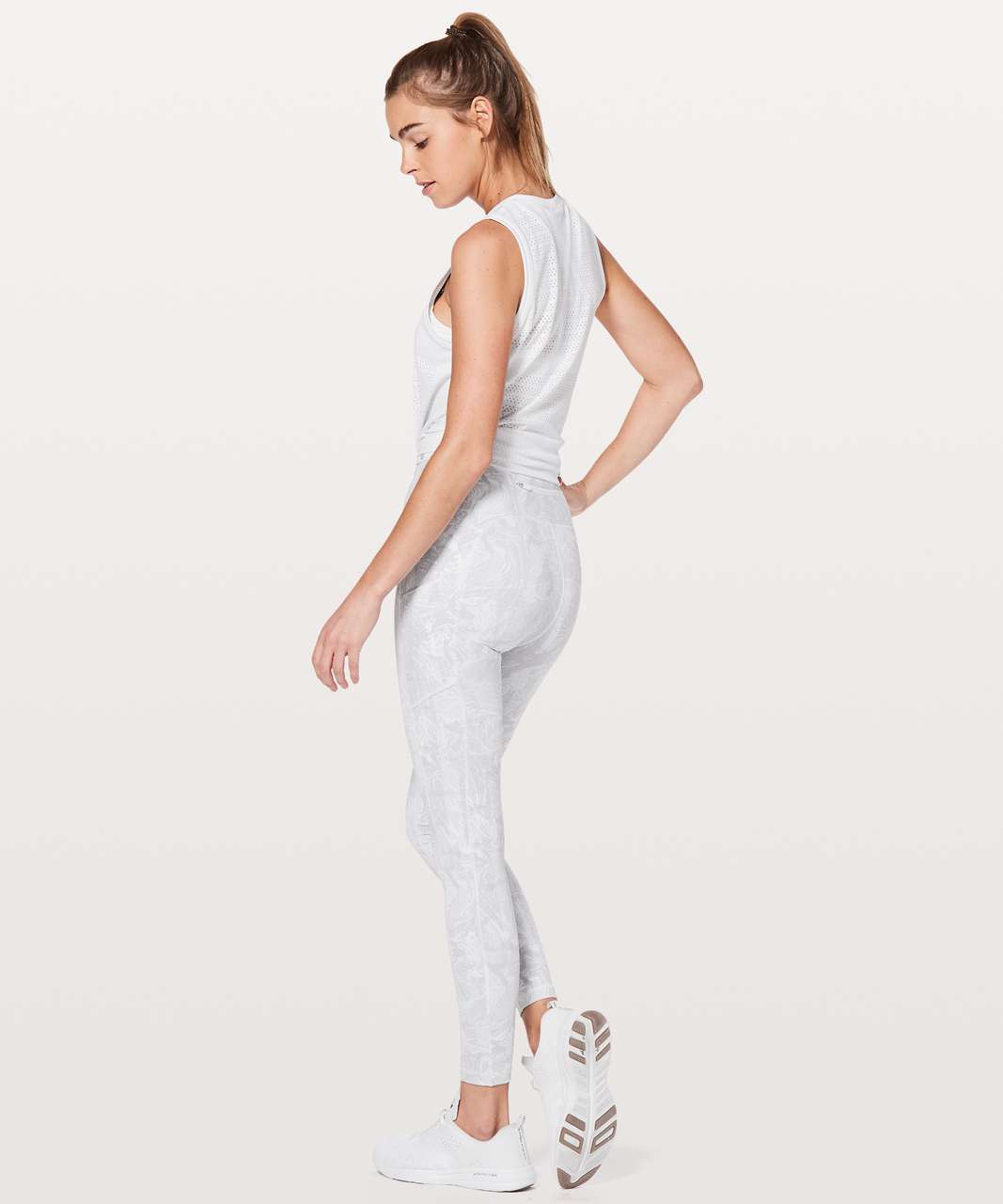 "Lululemon Speed Up Tight *Full-On Luxtreme 28"" - Eternal Wave White"