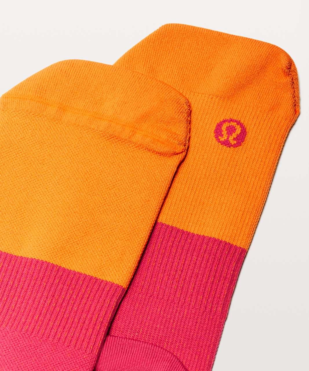 Lululemon Light Speed Sock *Silver - Vivid Amber / Fuchsia Pink