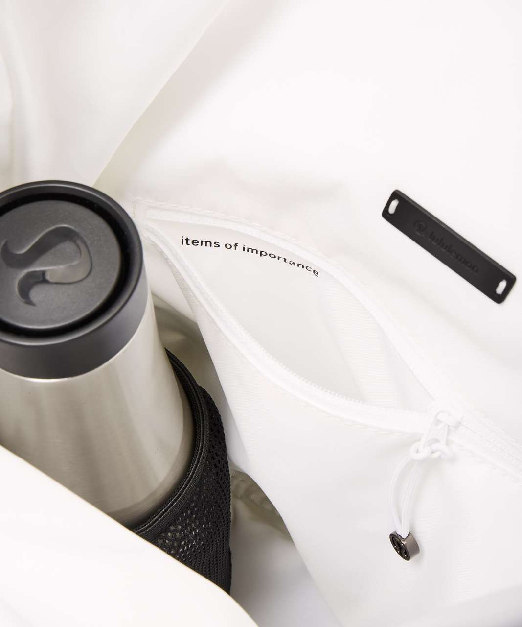 Lululemon Carry Onward Rucksack Mini *9L - White / Black
