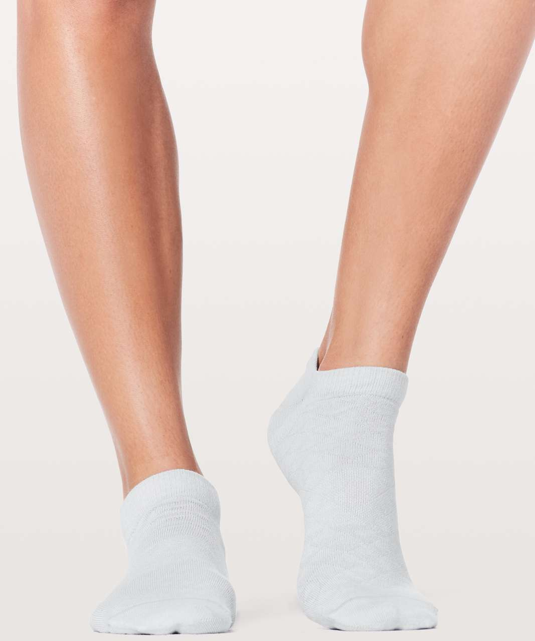 Lululemon On The Fly Sock *Mountain - Silver Fox / White