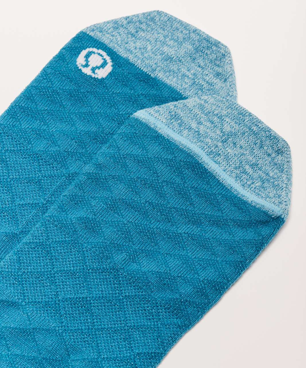Lululemon On The Fly Sock *Mountain - Teal Blue / Blue Glow