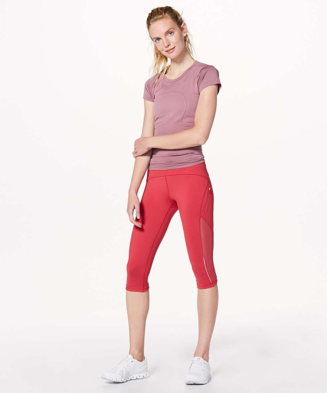 """Lululemon Sun Runner Crop *17"""" - Fuchsia Pink"""