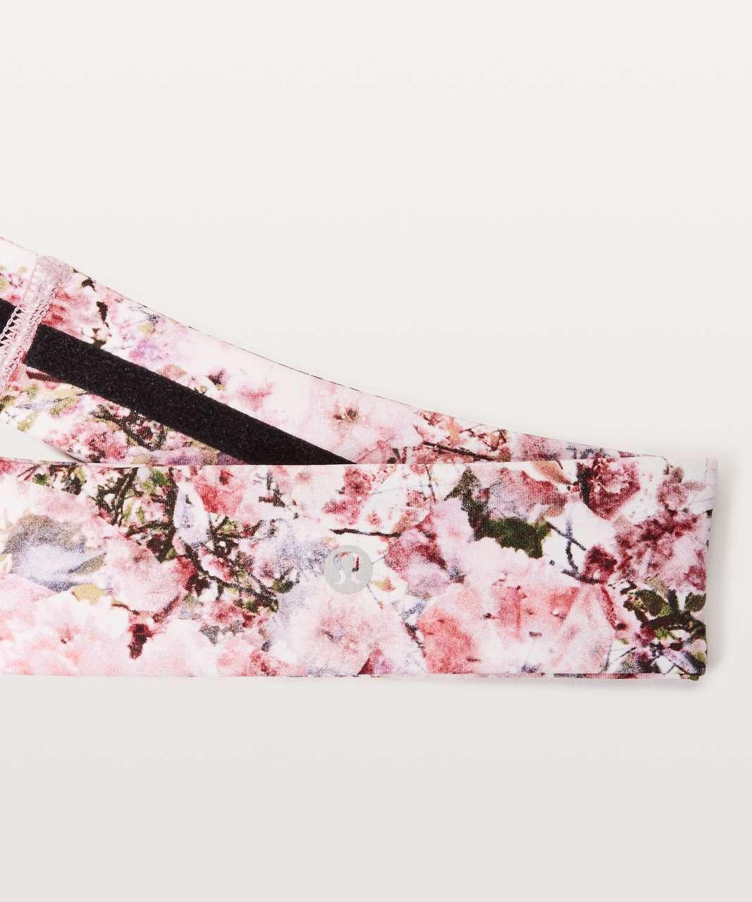 Lululemon Fly Away Tamer Headband II *Luxtreme - Blossom Spritz Multi